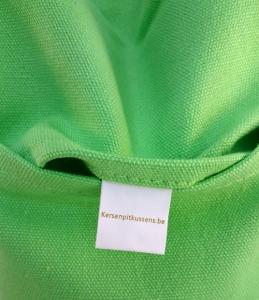 Label groene kersenpitkruik